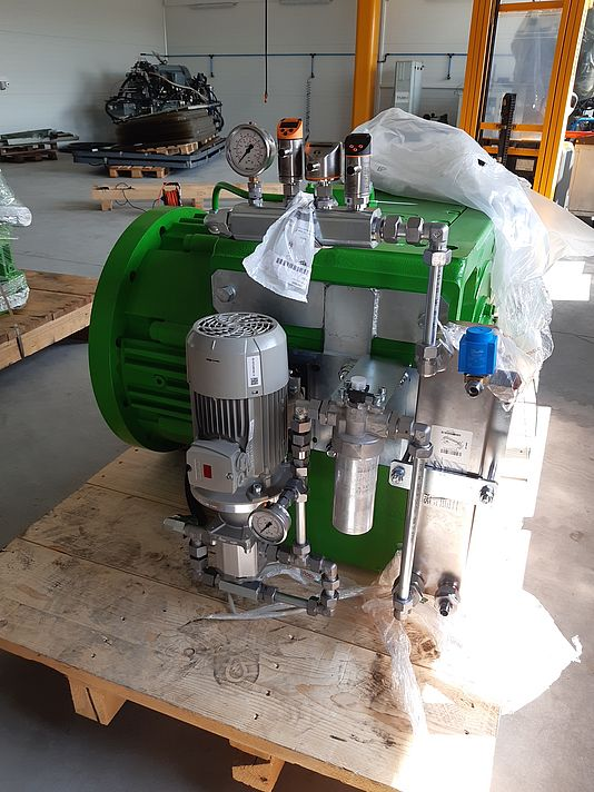 Gearbox cooling unit with a transmitted power of 340 kW